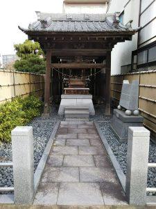 子安濱村こかげ公園横の神社