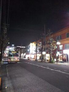 平成30年12月8日 夜のとちの木通りです