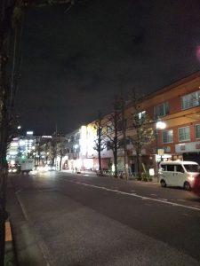 平成30年12月10日 夜のとちの木通りです