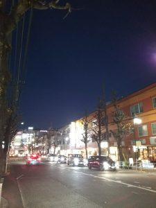 平成30年12月14日 夜のとちの木通りです