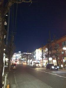 平成30年12月15日 夜のとちの木通りです