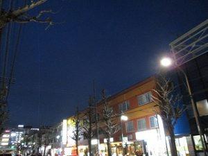 平成31年4月12日 夜のとちの木通りです