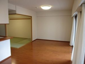 八王子駅北口徒歩8分3LDKリフォーム済みのステキなお部屋でした。詳細はこちらをクリック!(リンク切れの際は販売終了となります)