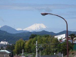 2020年5月17日 今朝の八王子から見える富士山です