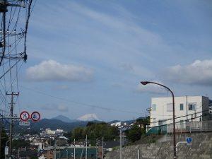 2020年5月25日 今朝は八王子から富士山が見えました(*^^*)