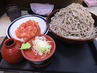 富士そばの『富士山盛り』with紅生姜天