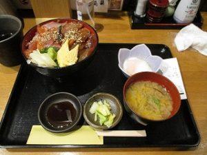 今週はヅケ丼750円(税込)